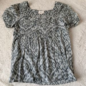EUC green patterned cotton top size XS The Limited